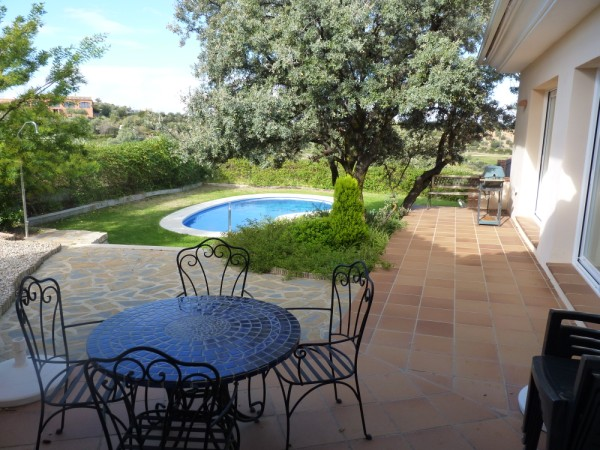 Stylish Villa on the prestigious Antequera Golf Course. 5 minutes Antequera town