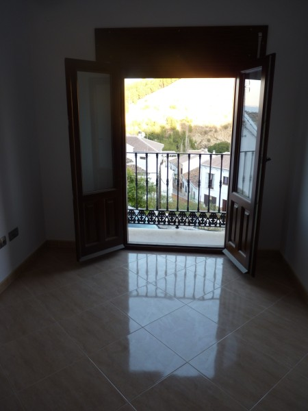 3 Bedroom Antequera Town House with Torcal Mountain Views.properties/10/23.jpg