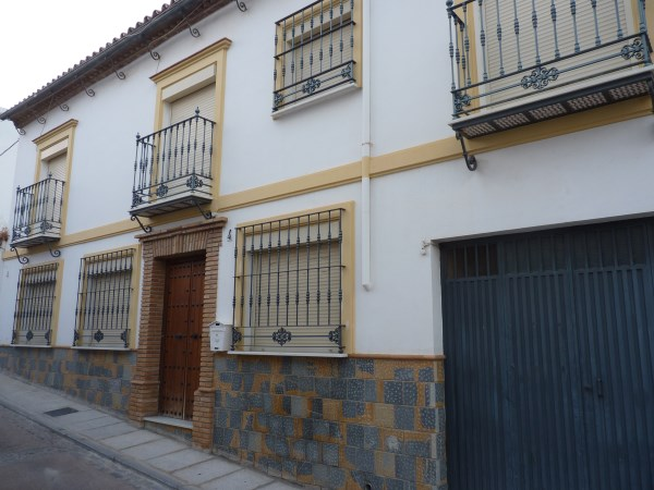 Nice Townhouse in the Historic Zone. Well priced.properties/13/01.jpg