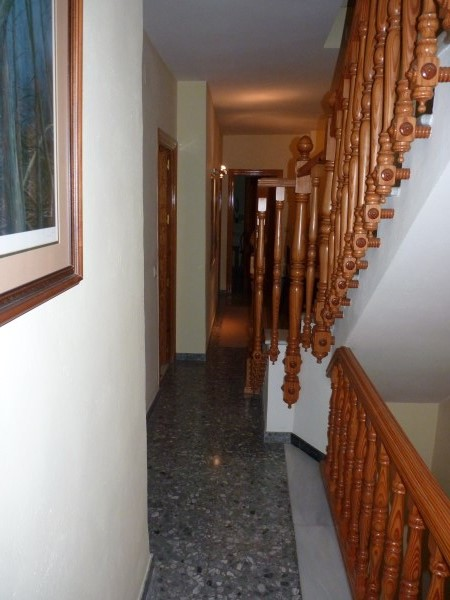 Nice Townhouse in the Historic Zone. Well priced.properties/13/08.jpg