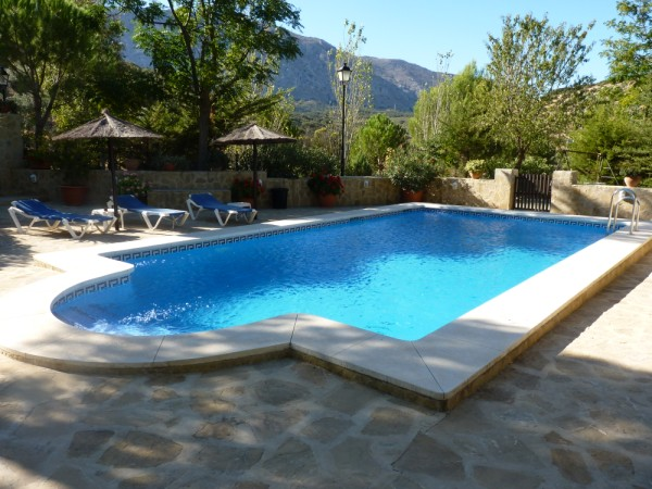 Lovely Finca with large olive and fruit groves, pool, spectacular views, near Antequera Town.properties/14/06.jpg