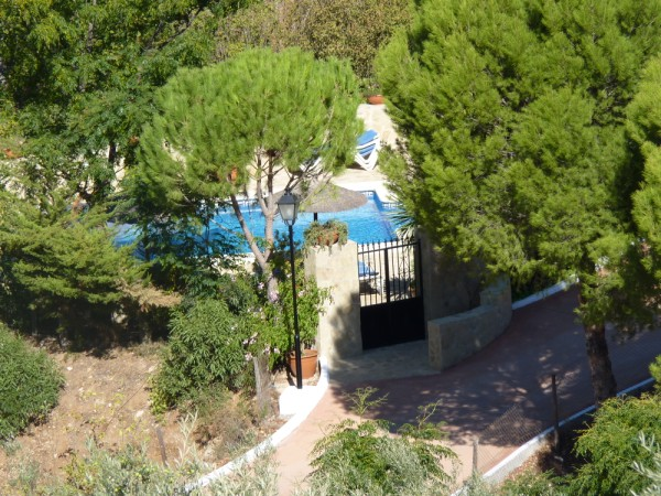 Lovely Finca with large olive and fruit groves, pool, spectacular views, near Antequera Town.properties/14/38.jpg