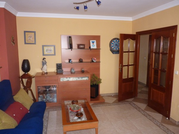 Very well presented large 3 bedroom apartment. Near Antequera town centre..properties/15/06.jpg