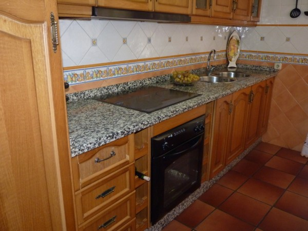 Very well presented large 3 bedroom apartment. Near Antequera town centre..properties/15/09.jpg