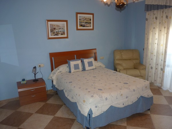 Very well presented large 3 bedroom apartment. Near Antequera town centre..properties/15/11.jpg