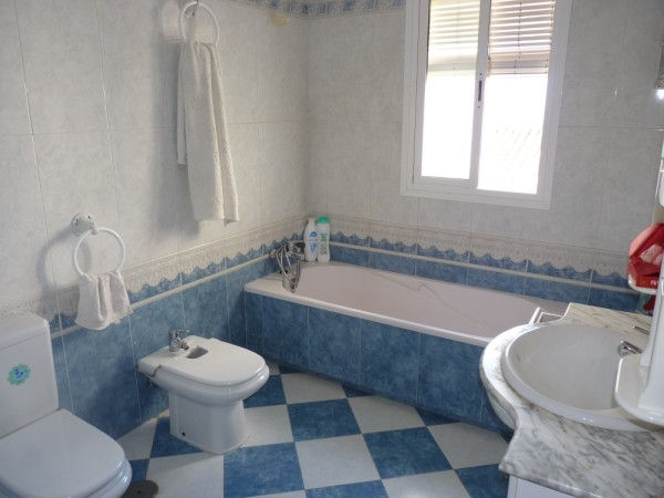 Very well presented large 3 bedroom apartment. Near Antequera town centre..properties/15/17.jpg