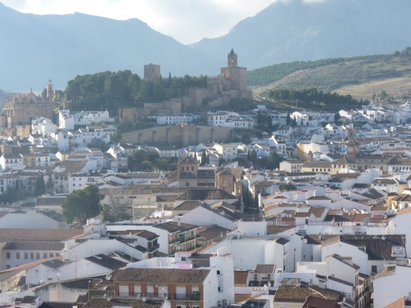 Very well presented large 3 bedroom apartment. Near Antequera town centre..properties/15/22.jpg