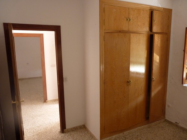 Spacious Antequera town house. Lots of potential.properties/26/07.jpeg