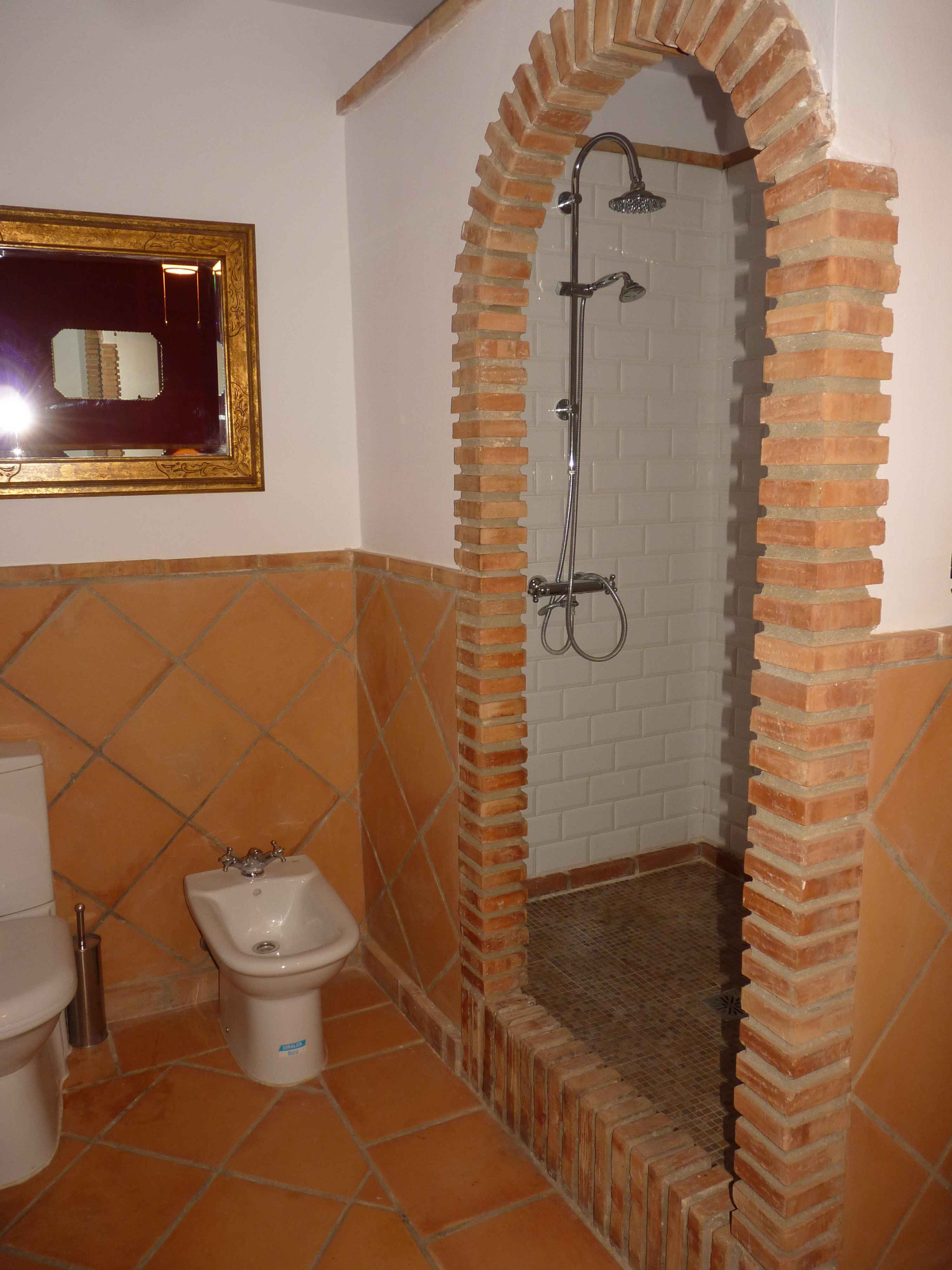 Wonderful Business Opportunity or Unique House To Live In. Antequera.properties/28/21.jpeg