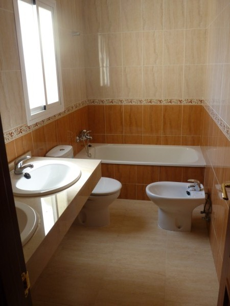 Modern Antequera area 3 Bedroom Townhouse. Exclusive location in Mollina.properties/3/09.jpeg