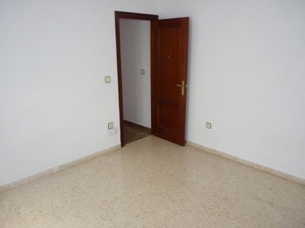Centrally Located Apartment Antequera Town.properties/31/19.jpeg