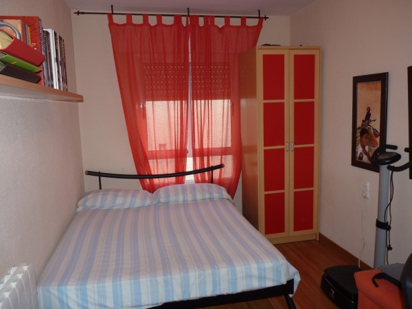 Lovely 2/3 Bedroom Apartment, central Antequera town.properties/33/16.jpeg
