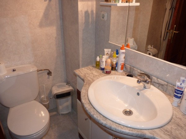 Lovely 2/3 Bedroom Apartment, central Antequera town.properties/33/21.jpeg