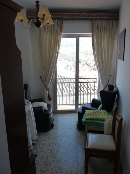 Bargain priced large Apartment  in Antequera town with views.properties/36/12.jpg