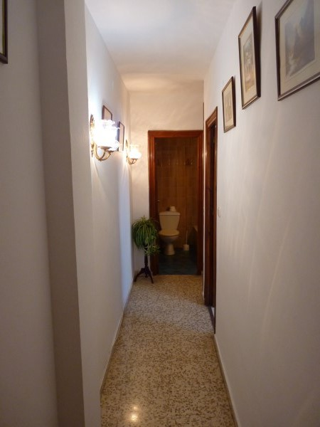 Bargain priced large Apartment  in Antequera town with views.properties/36/16.jpg