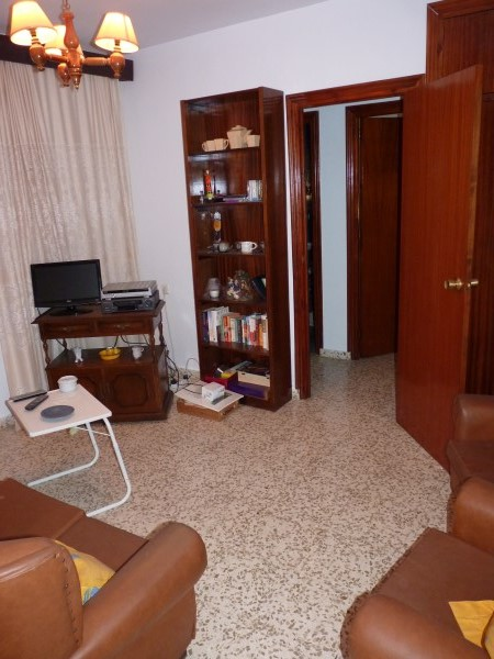 Bargain priced large Apartment  in Antequera town with views.properties/36/17.jpg