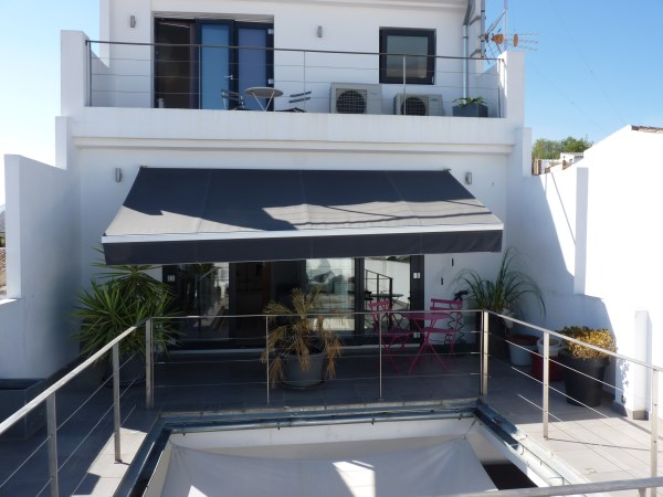 Reduced Price! Exclusive fully modernised house with stunning views in Antequera town. Garage.
