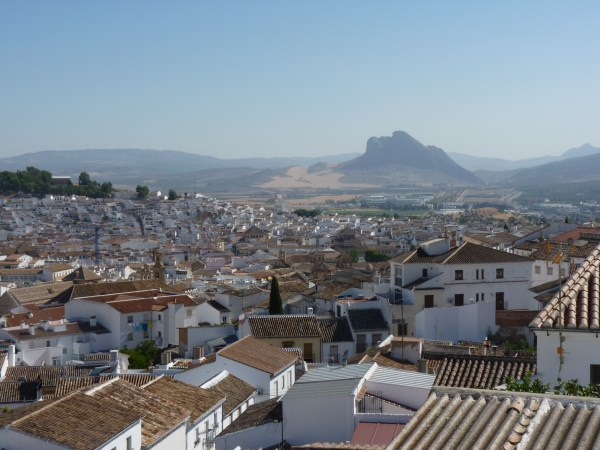 Reduced Price! Exclusive fully modernised house with stunning views in Antequera town. Garage. .properties/37/28.jpg