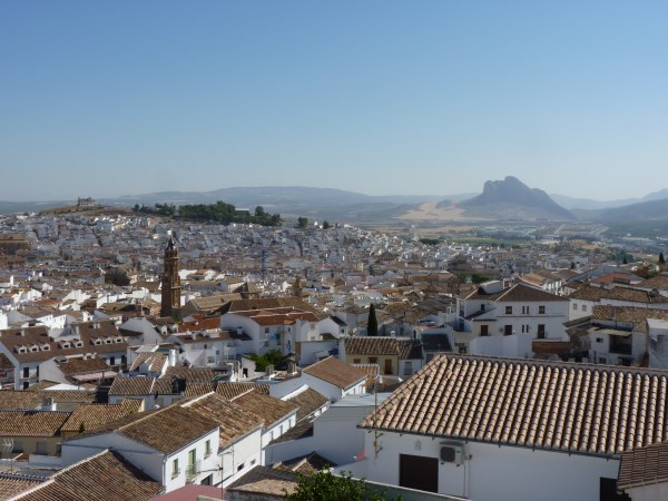 Reduced Price! Exclusive fully modernised house with stunning views in Antequera town. Garage. .properties/37/40.jpg