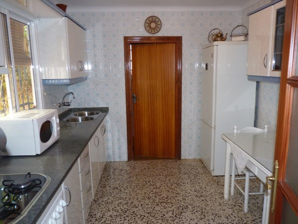A charming compact house, in a tranquil location, with spacious private patio. Antequera town. .properties/39/07.jpg
