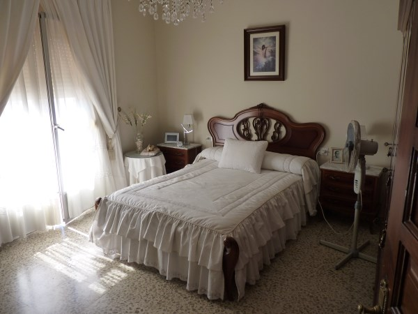 Spacious townhouse with nice views in an historic area of Antequera town. 	.properties/40/07.jpg