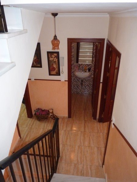 Nicely presented 3 bedroom townhouse near Antequera Sports Club. Large garage. .properties/42/16.jpg