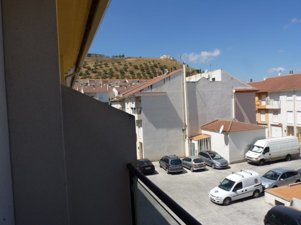 Nicely presented 3 bedroom townhouse near Antequera Sports Club. Large garage. .properties/42/31.jpg