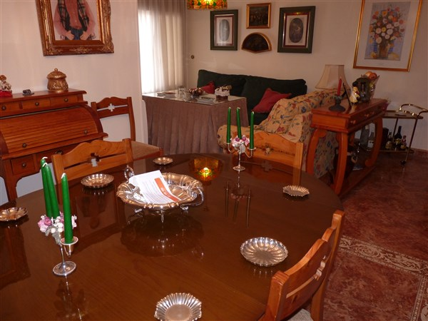Very well located 3 bedroom apartment in private courtyard.properties/43/10.jpg