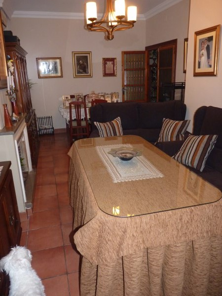 OFFER! Antequera 3 bed Townhouse, in nice street near the famous Church Belen.properties/6/11.jpg