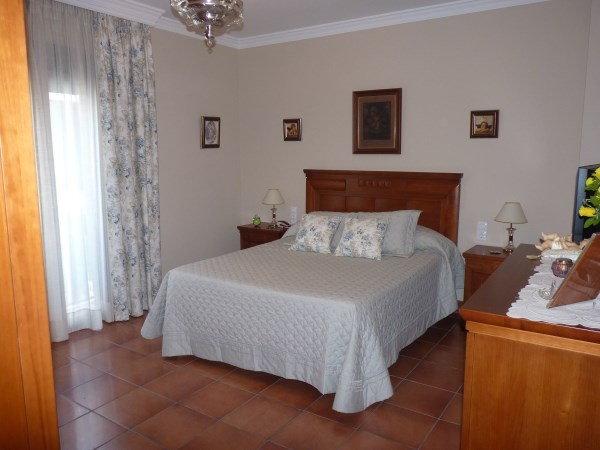 OFFER! Antequera 3 bed Townhouse, in nice street near the famous Church Belen.properties/6/15.jpg