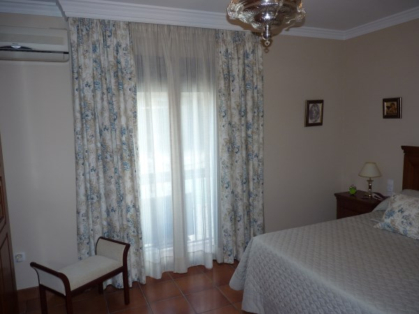 OFFER! Antequera 3 bed Townhouse, in nice street near the famous Church Belen.properties/6/16.jpg