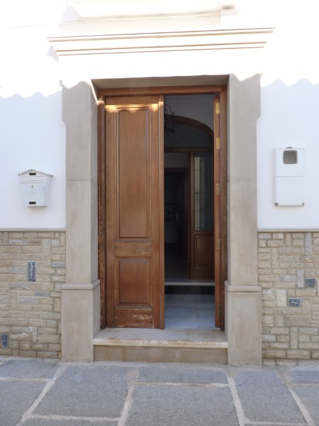Beautiful 4 Bedroom Semi Detached Townhouse, with large garage. Antequera town.   .properties/8/02.jpg