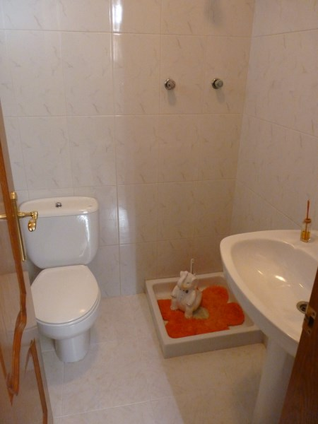 Beautiful 4 Bedroom Semi Detached Townhouse, with large garage. Antequera town.   .properties/8/06.jpg
