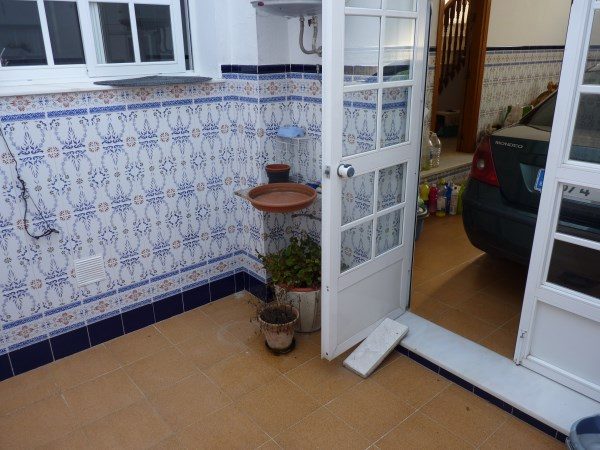 Beautiful 4 Bedroom Semi Detached Townhouse, with large garage. Antequera town.   .properties/8/08.jpg