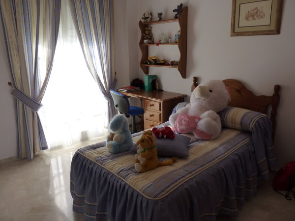 Beautiful 4 Bedroom Semi Detached Townhouse, with large garage. Antequera town.   .properties/8/19.jpg