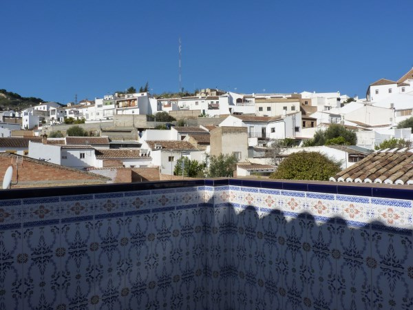 Beautiful 4 Bedroom Semi Detached Townhouse, with large garage. Antequera town.   .properties/8/28.jpg