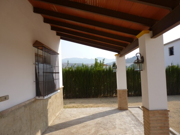 Private Villa with land. 5 minutes Antequera Town. Great opportunity for making a tailor made home with enormous gardens.properties/9/11.jpeg